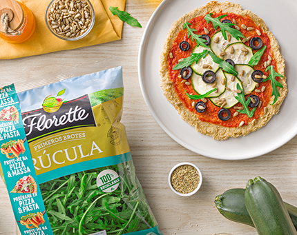 Piza de quinoa com rúcula